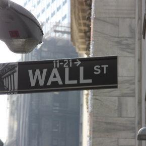Картинка к статье про то, какие преимущества имеет американская биржа перед остальными.